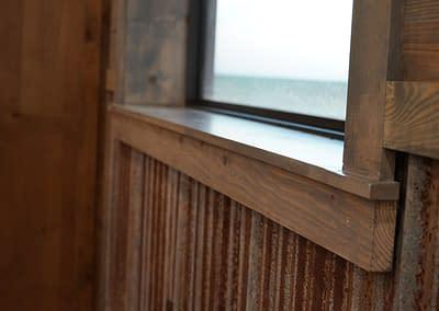 barndominium-kitchen-lubbock-window-panel