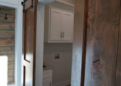 lubbock-baconcrest-new-home-barn-door