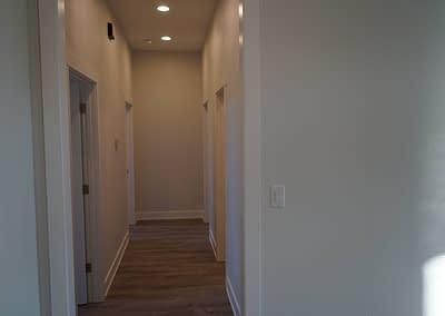 lubbock-baconcrest-new-home-hallway