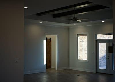 lubbock-baconcrest-new-home-kitchen-living-room