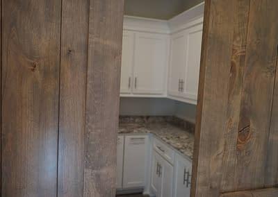 lubbock-baconcrest-new-home-laundry-room-door