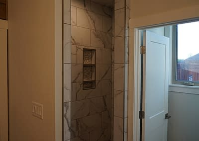 lubbock-baconcrest-new-home-master-bath