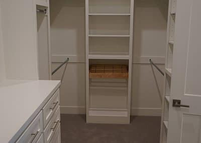 lubbock-baconcrest-new-home-master-closet-1