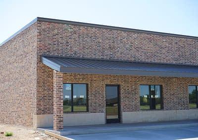 metal-building-lubbock-brick