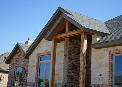 residential-new-home-lubbock-front-gable